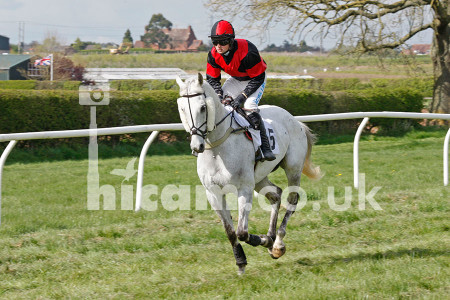 HiCamPhotography_ChaddesleyCorbett_PointtoPoint_19042014_09
